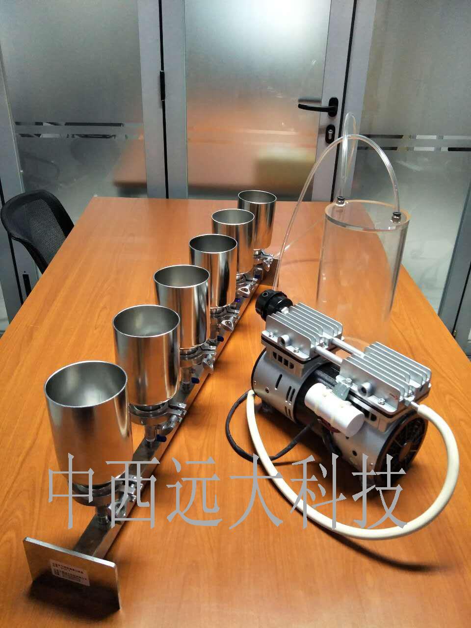 六联全不锈钢溶液过滤器/实验室过滤器/薄膜过滤器/不锈钢过滤器(普通型,带M402358泵和集液瓶)(中西器材)BGL-6